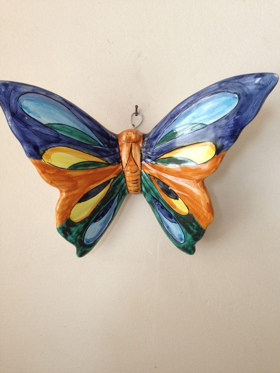 Декоративная бабочка Правильный мир 79